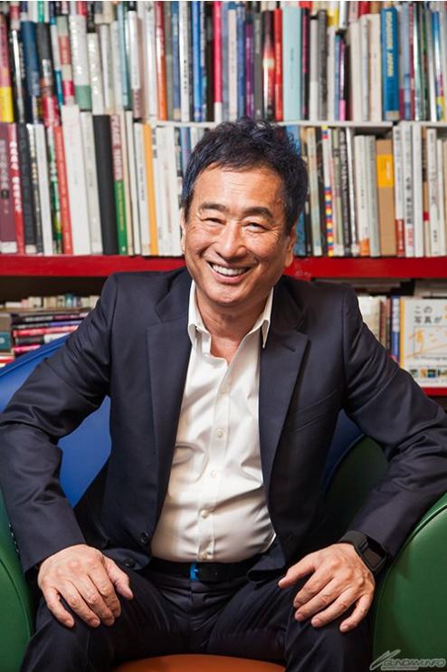 Shigeaki Saegusa compuso la música de varias series de Gundam